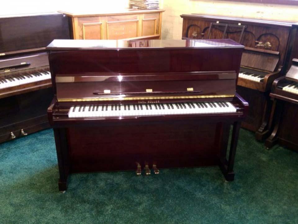 Karl Muller In Rosewood Polyester Concert Keyboard 88 Notes - £1800 - H 115 / L 148 / D 56cm