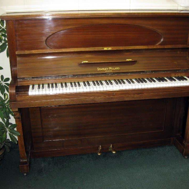 Stanley Millard - £625 - H 124 / L 154 / D 64cm