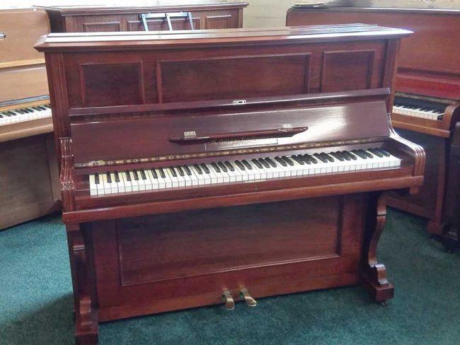 R Gors & Kallmann Berlin Piano